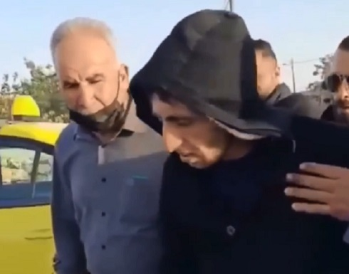 بالفيديو.. أسير فلسطيني يخرج بجسد هزيل وذاكرة مفقودة بعد 17 عاما في السجون الإسرائيلية