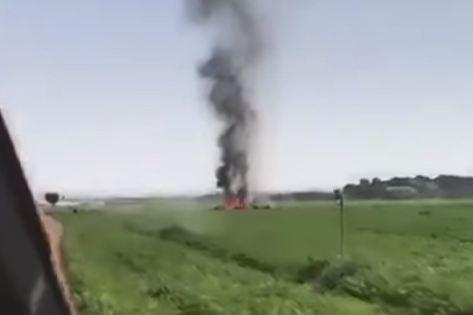 شاهد .. مقتل طيار إسباني في تحطم مقاتلة