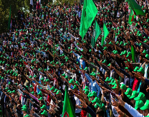 بالفيديو .. تشييع عنصر بأمل قتله حزب الله: نصر الله عدو الله