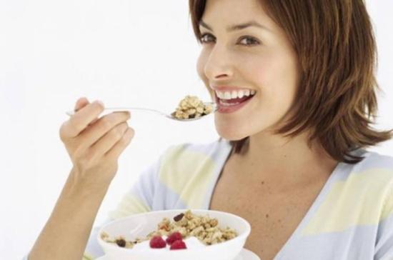 أطعمة تزيد خصوبة المرأة