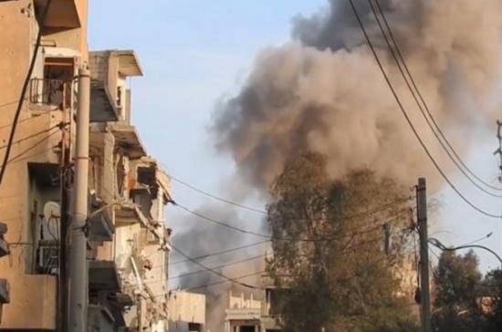 مقتل عشرة من عائلة واحدة بقصف جوي بدير الزور