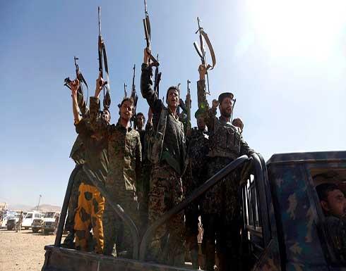 ميليشيات الحوثي تحرق مخيم نازحين غربي اليمن