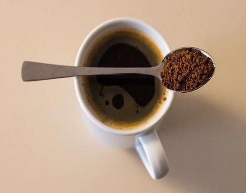 تحذير من تناول القهوة سريعة الذوبان