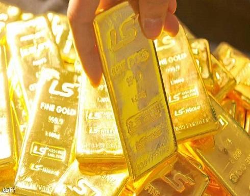 هبوط في أسعار الذهب مع صعود الدولار