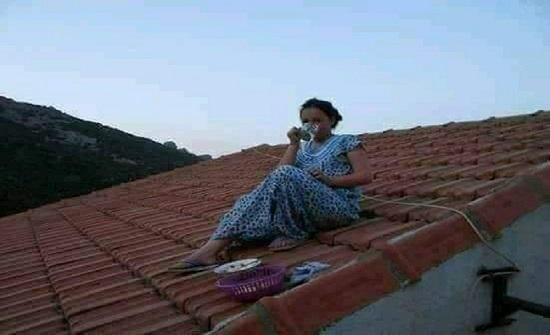 أسر جزائرية تحتفي بالأطفال الصائمين لأول مرة بتقليد غريب (صور)