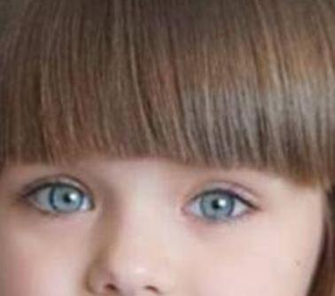 بالصور - إليكم أجمل فتاة في العالم... حصدت نصف مليون متابع عبر إنستغرام