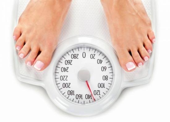 دراسة - بدانة الأهل تساعد على خسارة الوزن