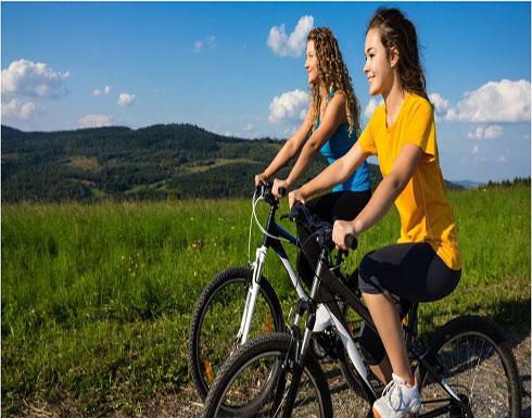 انتبهي.. ركوب الدراجة يؤثر سلبًا على صحتك الحميمية!