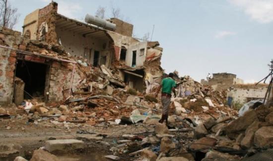 التحالف يقصف مواقع للحوثيين بالحديدة وتعز