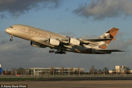 أغلى تذكرة طيران في العالم بـ 38 ألف دولار لاتجاه واحد!
