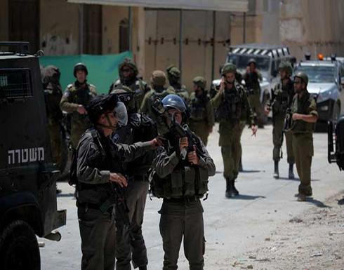 إصابة شاب فلسطيني في مواجهات مع قوات الإحتلال الإسرائيلي جنوب نابلس