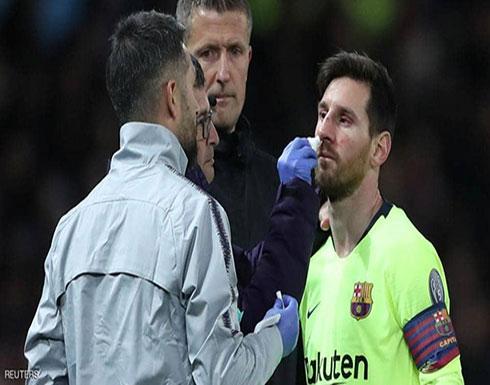 """مدرب برشلونة يكشف حالة ميسي قبل """"موقعة الشياطين"""""""