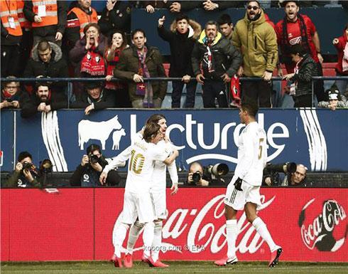 بالصور: ريال مدريد يحول تأخره لفوز ساحق على أوساسونا
