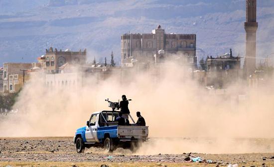 """التحالف: """"الحوثي"""" ارتكبت 65 خرقاً لوقف النار بالحديدة"""