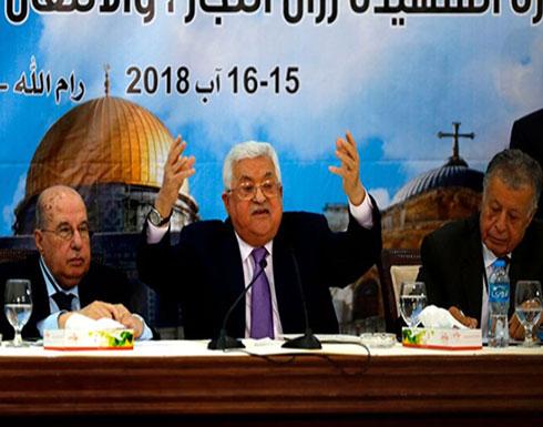 عباس يهاجم حماس بغزة ويطالب بتسليم القطاع بالكامل