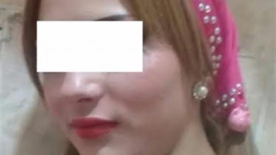 القبص على راقصة وزوجها بعد نشرهما فيديو لعلاقتهما الحميمية.. ما المفاجأة التي كشفتها التحقيقات!