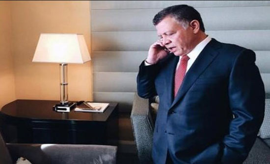 الملك يتلقى اتصالا من عباس