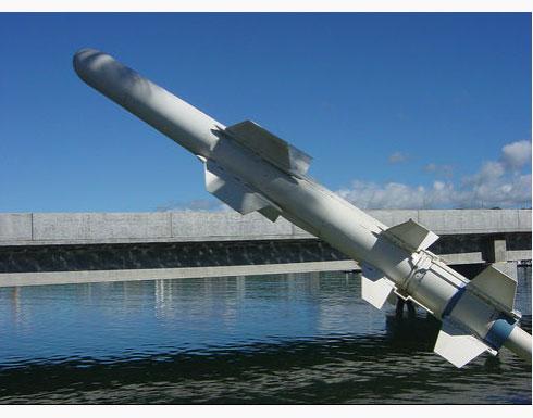"""قطر تسلح طائراتها بصواريخ  جو – بحر  """"هاربون"""""""