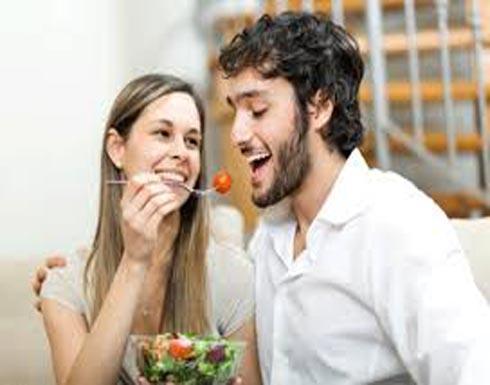 7 أطعمة تعمل على زيادة الخصوبة لدى الرجل والمرأة