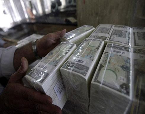 تدهور غير مسبوق لليرة السورية.. كسرت حاجز الألف أمام الدولار