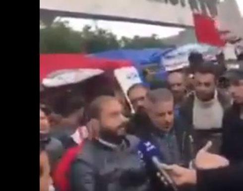 شاهد : عراقي يلخص مطالب الشعب