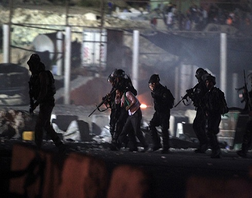 الاحتلال : اعتقال منفذ عملية الطعن على حاجز حوارة