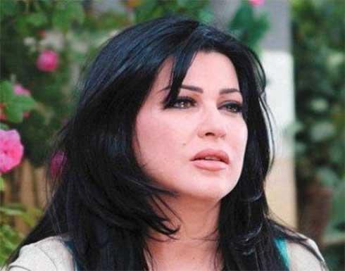 هجوم على جومانا مراد .. لم تحترم وفاة ابنتها و تلبس اللون الاحمر - شاهد