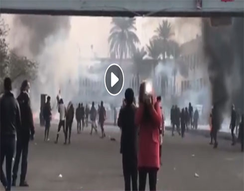 بالفيديو : فتيات مجندات لصالح ايران يطلقن النار على المتظاهرين في العراق