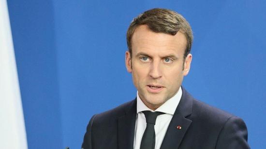ماكرون: فرنسا ستغلق 14 مفاعلا نوويا من أصل 58
