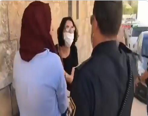 مظاهرة لذوي الاحتياجات الخاصة بالقدس تعاطفا مع اياد الحلاق