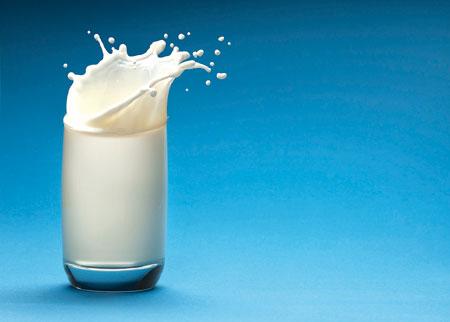 الحليب كامل الدسم يقي من السكري