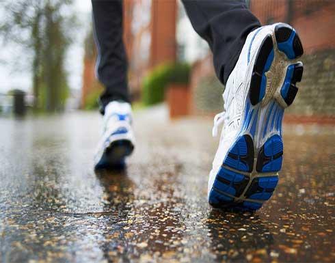 حافظ على ساقيك قوية بدلا من صبغ الشعر الأبيض