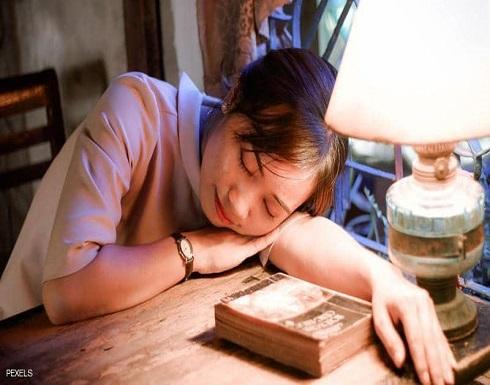 قلة النوم والخرف.. دراسة تكشف العلاقة