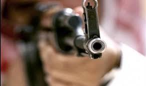 جريمة بشعة .. زوجة تصفي زوجها بسلاح ناري