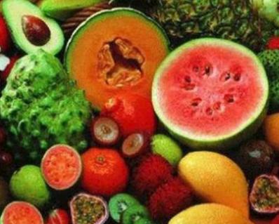 أكثروا من تناول الخضار والفاكهة.. لهذا السبب