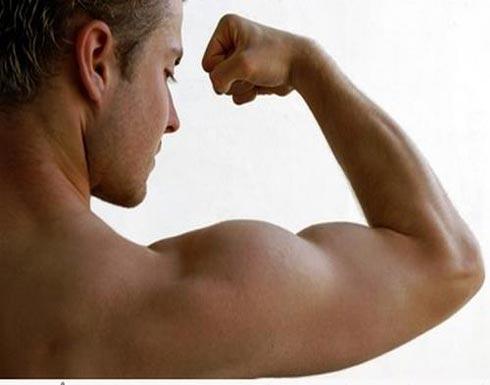 """مشروبات بناء العضلات.. دراسة تكشف """"مخاطر كبيرة"""""""