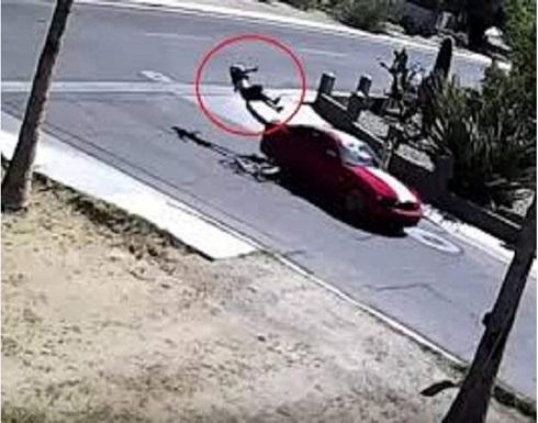 الزوج يطير في الهواء بعد أن دهسته زوجته بسيارتها في امريكا .. تفاصيل