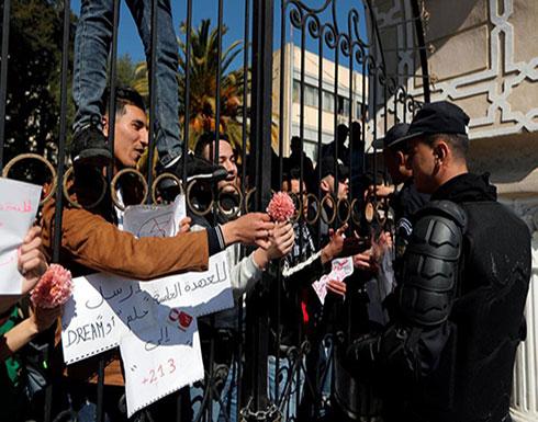 بالفيديو : الجزائر.. تأهب أمني وتظاهرات في عدة مدن
