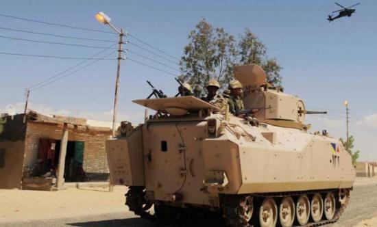 الجيش المصري: مقتل 3 مسلحين وسط سيناء