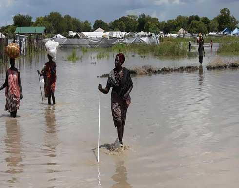 شاهد : فيضانات ضخمة في النيل الأبيض تشرد سكان 53 قرية في السودان
