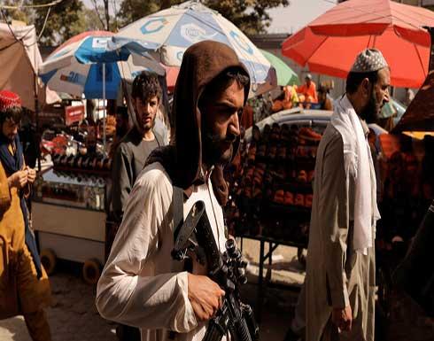 """""""طالبان"""" تحظر بيع وشراء الأسلحة والسيارات غير المرخصة"""