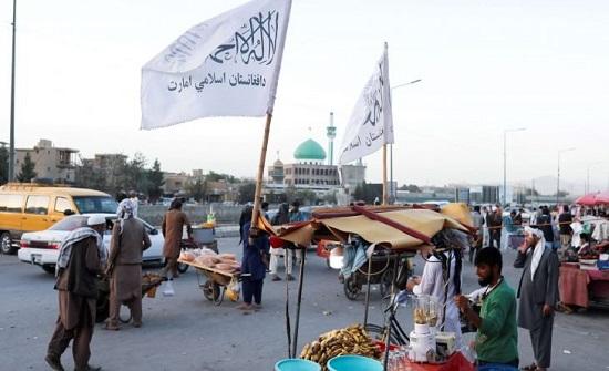 طالبان توسع حكومة أفغانستان بشخصيات من الأقليات في محاولة لطمأنة المجتمع الدولي