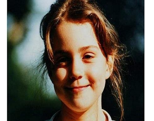 خمنوا من هي هذه الطفلة التي أصبحت من أشهر نساء العالم
