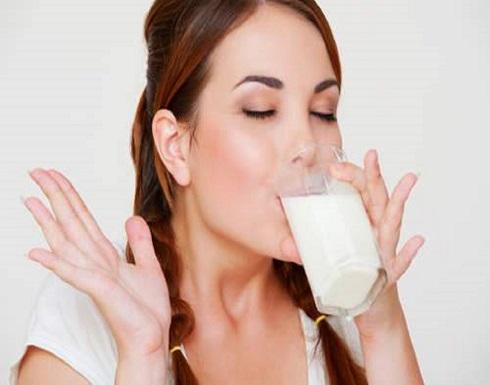 فوائد شرب كوب اللبن الدافئ قبل النوم