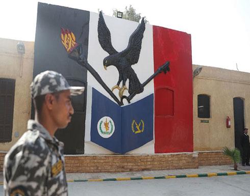 وفاة معتقل مضرب عن الطعام في مصر وانتهاكات مستمرة بالسجون