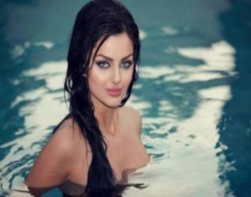 الايرانية ماهلاغا جابري بجلسة تصوير مثيرة بعيد الحب .. صور