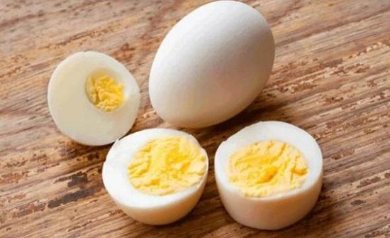 يبحث عنه الجميع للوقاية من كورونا.. البيض غني بهذا الفيتامين