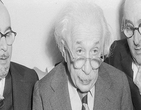 هل عاد اينشتاين إلى الحياة وحسن معدلات الذكاء ؟