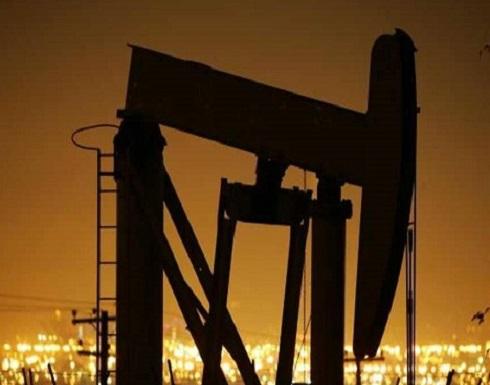 النفط يرتفع بفعل تراجع المخزون الأميركي