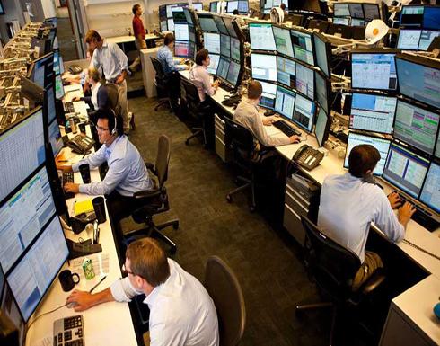 البنوك الكبرى تعزف عن الإفراط في التوظيف رغم ازدهار نشاط التداول